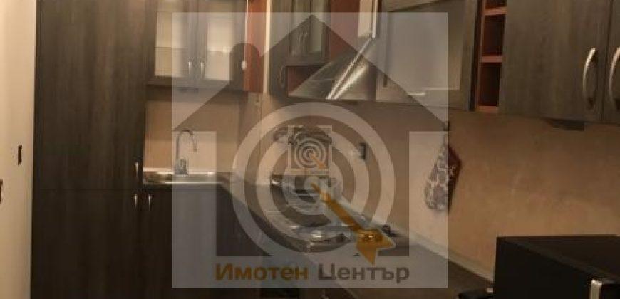 Тристаен апартамент под наем в Дървеница