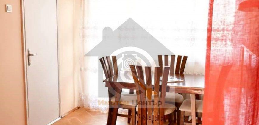 Тристаен апартамент под наем в квартал Иван Вазов