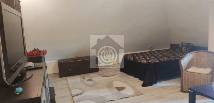 Тристаен апартамент в Дървеница