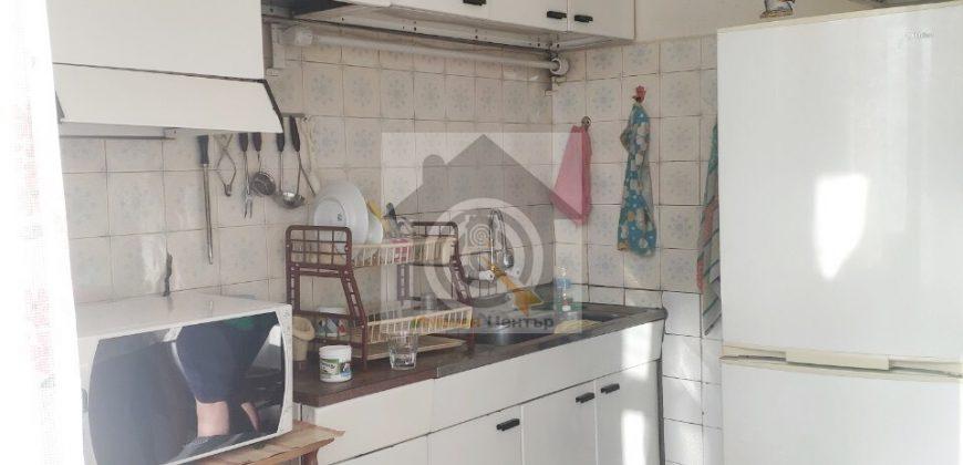 Двустаен апартамент в квартал Изгрев