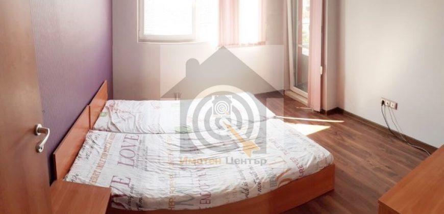 Двустаен апартамент в Люлин 10