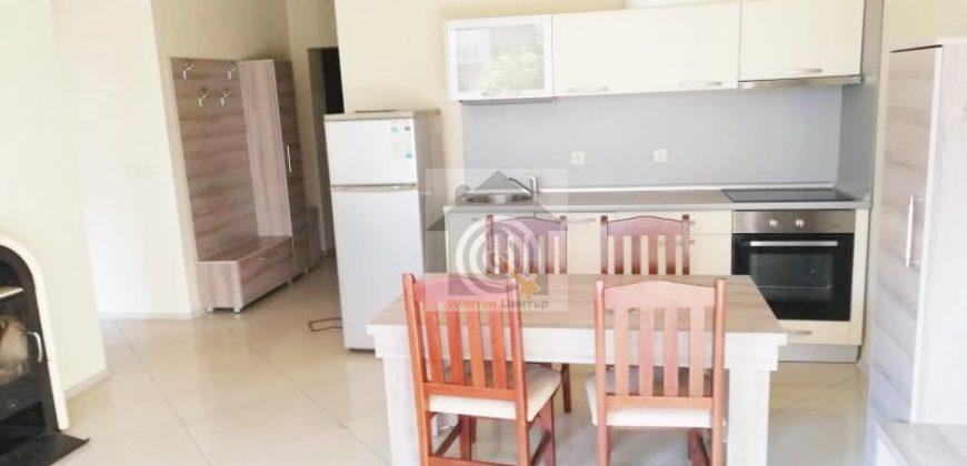 Тристаен апартамент под наем в квартал Симеоново