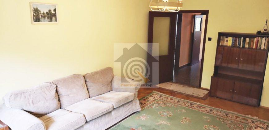 Тристаен апартамент под наем в квартал Мусагеница